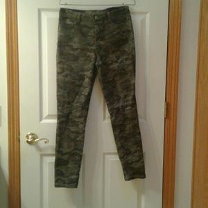 Army Mid Rise Skinny jeans